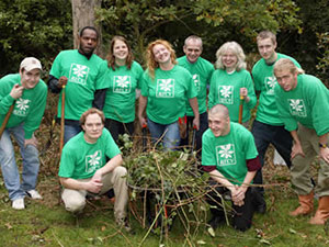 Charlie Dimmock and volunteers during Spring into Action in 2006